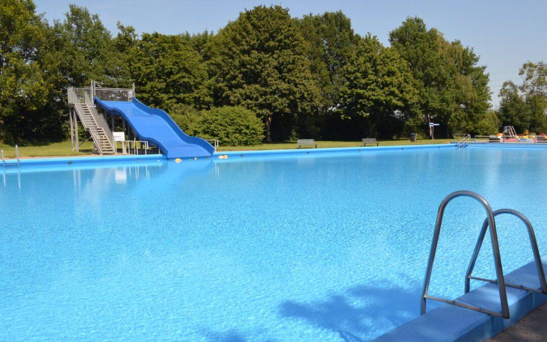 Zwembaden dagelijks geopend